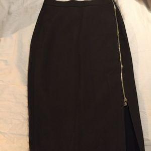 Never worn Ribbed olive green pencil skirt-Zara